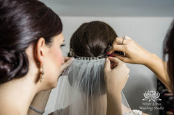 057 - Wedding - Toronto - Bride getting ready - PW