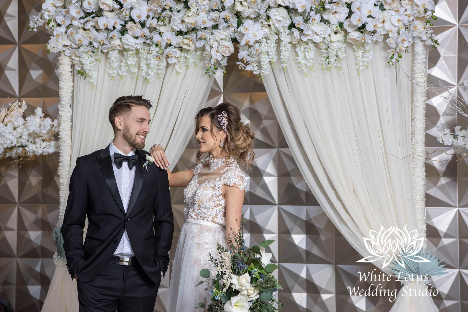 046- GLAM WINTERLUXE WEDDING INSPIRATION