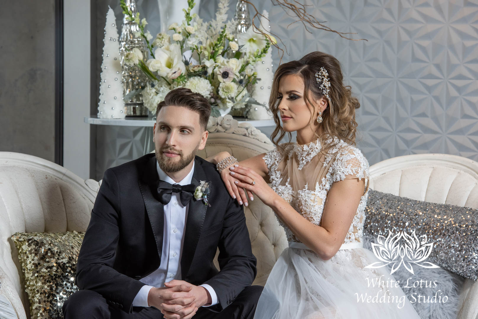 074- GLAM WINTERLUXE WEDDING INSPIRATION