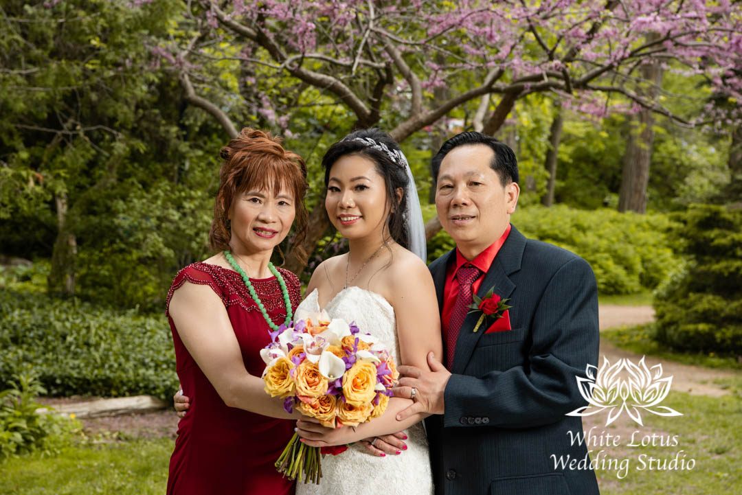 038- Alexander Muir Memorial Gardens wed