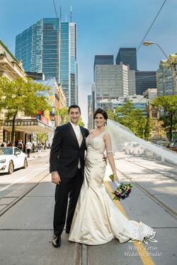 081 - Wedding - Toronto - Downtown wedding photo-walk - PW