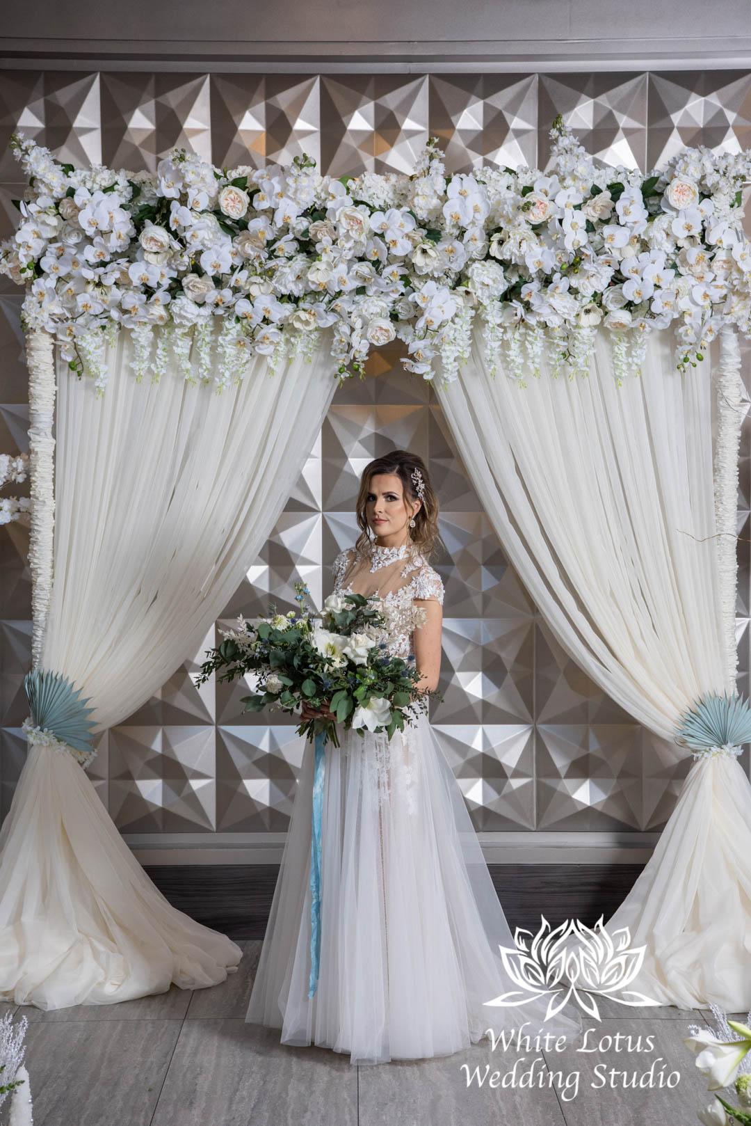 050- GLAM WINTERLUXE WEDDING INSPIRATION