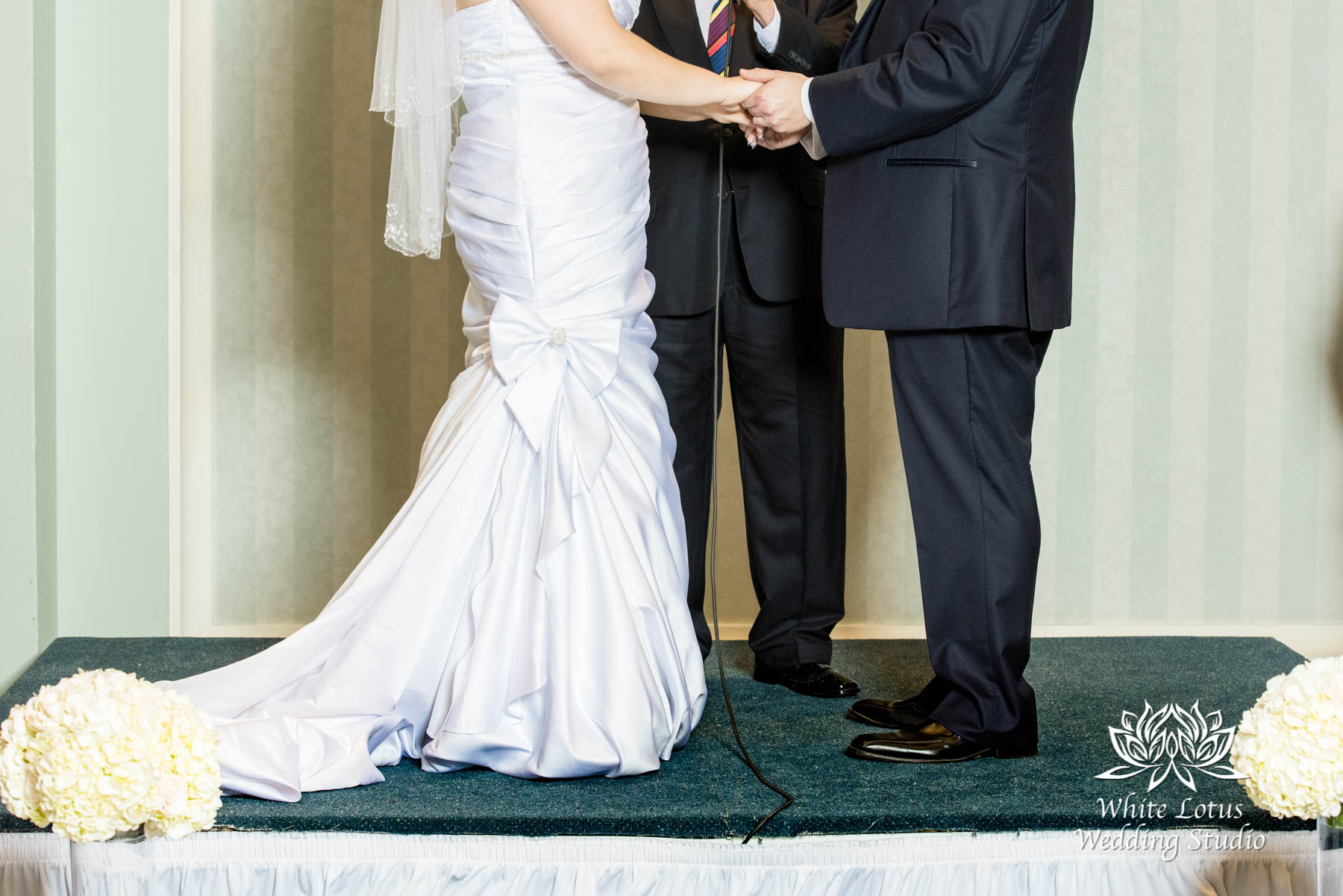263 - www.wlws.ca - Wedding - The Waterside Inn - Mississauga