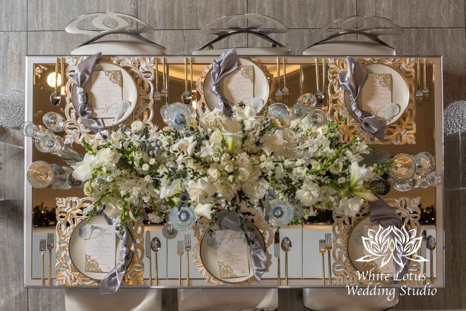 176- GLAM WINTERLUXE WEDDING INSPIRATION