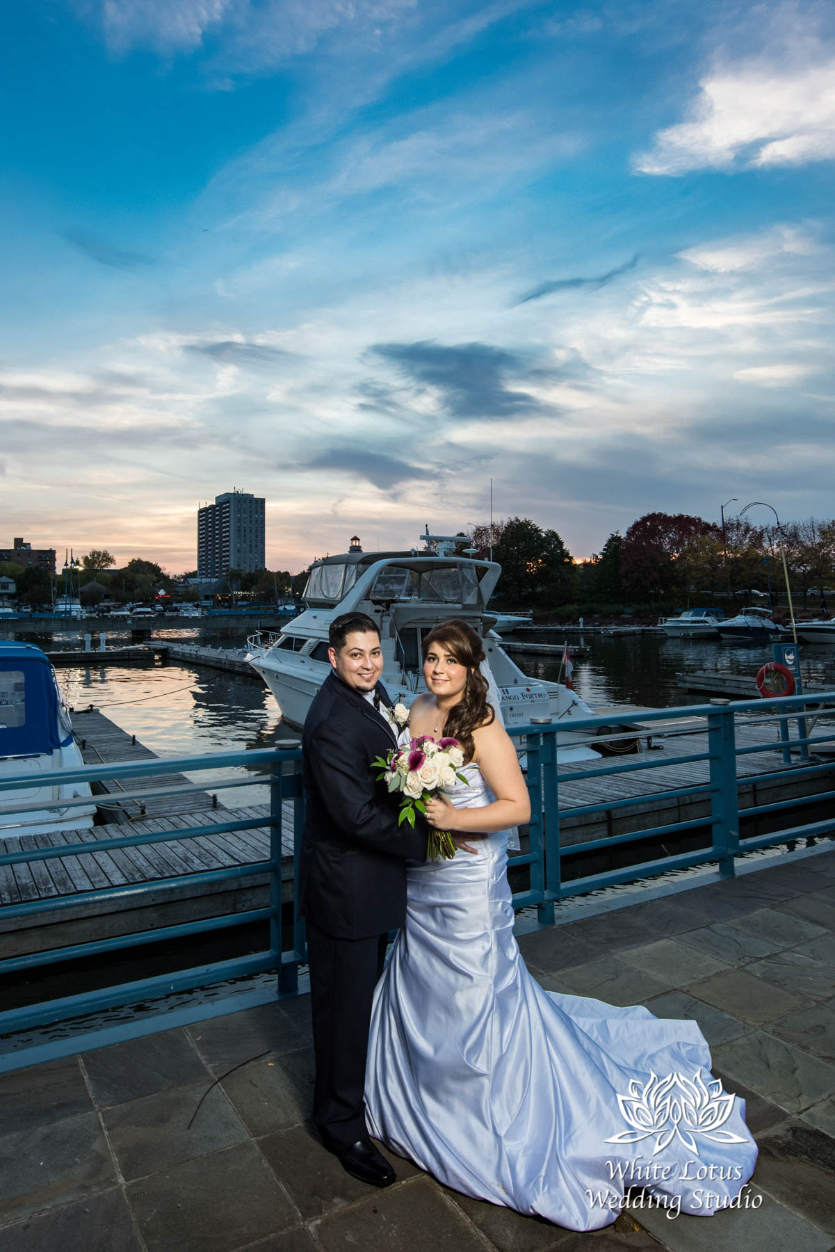285 - www.wlws.ca - Wedding - The Waterside Inn - Mississauga