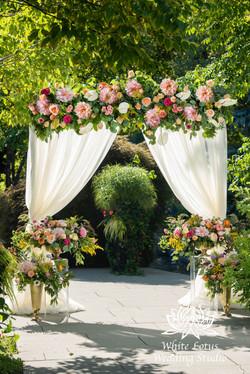 168- SPRING GARDEN WEDDING INSPIRATION