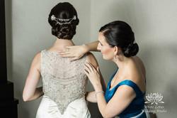 048 - Wedding - Toronto - Bride getting ready - PW