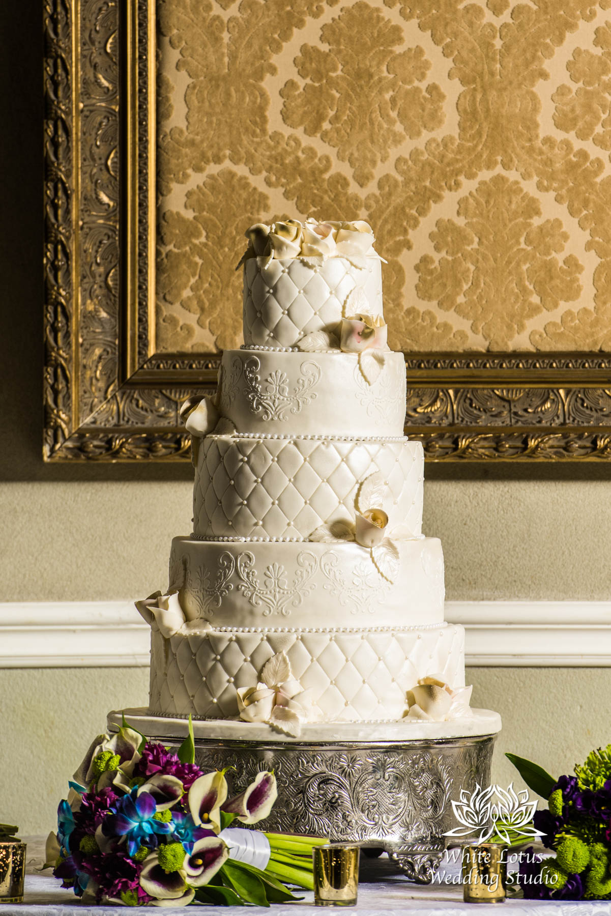 264 - Toronto - Liberty Grand - Wedding Cake - PW