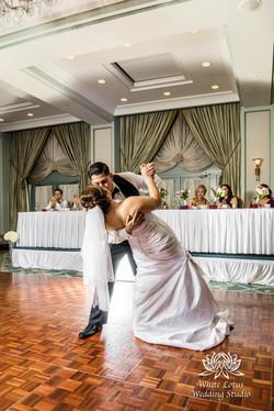 325 - www.wlws.ca - Wedding - The Waterside Inn - Mississauga