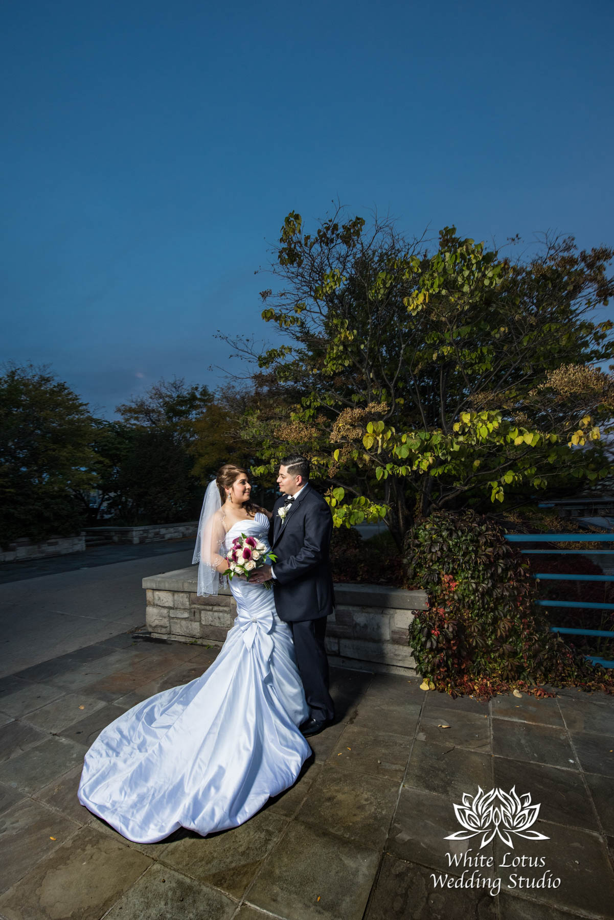 288 - www.wlws.ca - Wedding - The Waterside Inn - Mississauga