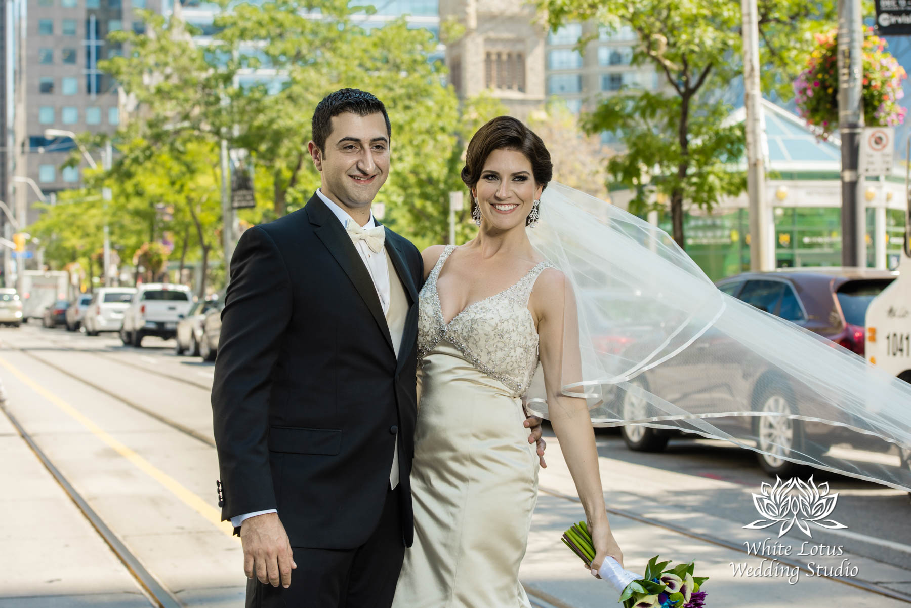 080 - Wedding - Toronto - Downtown wedding photo-walk - PW