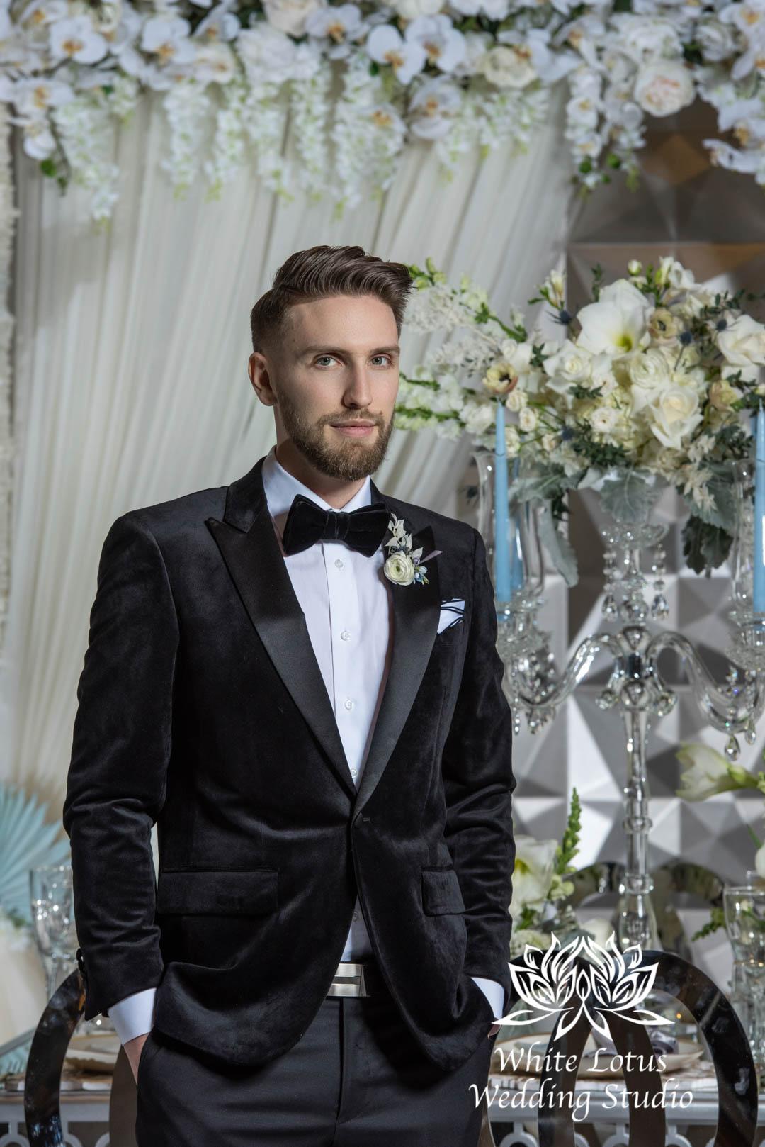 159- GLAM WINTERLUXE WEDDING INSPIRATION