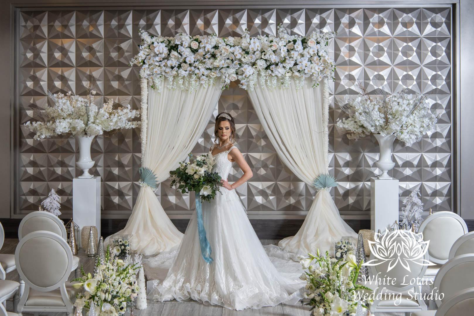 008- GLAM WINTERLUXE WEDDING INSPIRATION