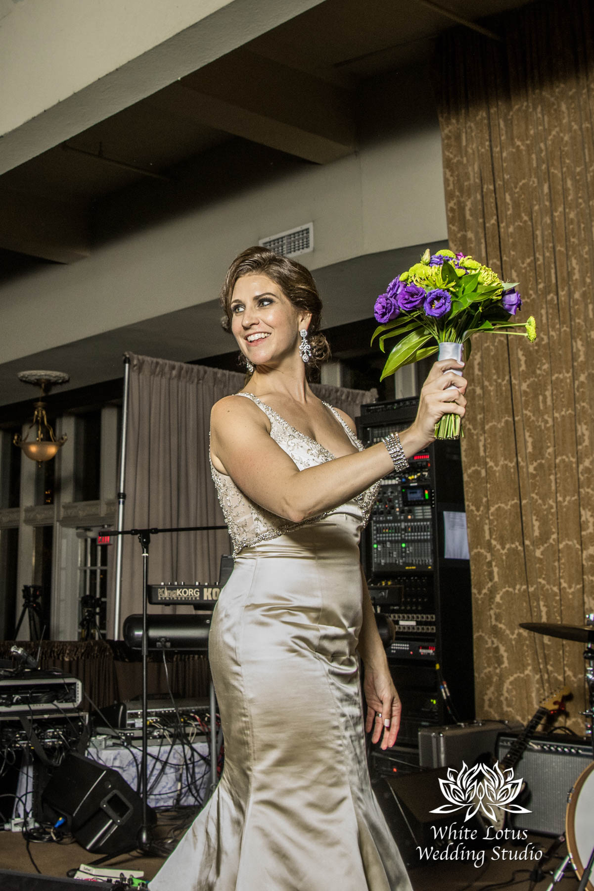 320 - Wedding - Toronto - Liberty Grand - Toss Bouquet - PW