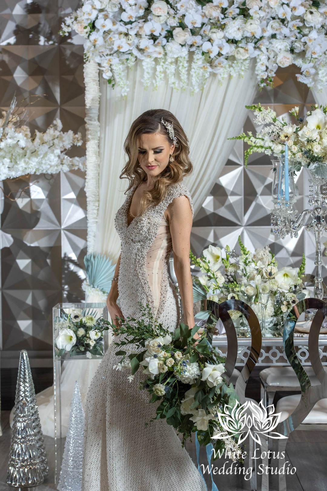 155- GLAM WINTERLUXE WEDDING INSPIRATION