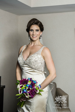 060 - Wedding - Toronto - Bride getting ready - PW