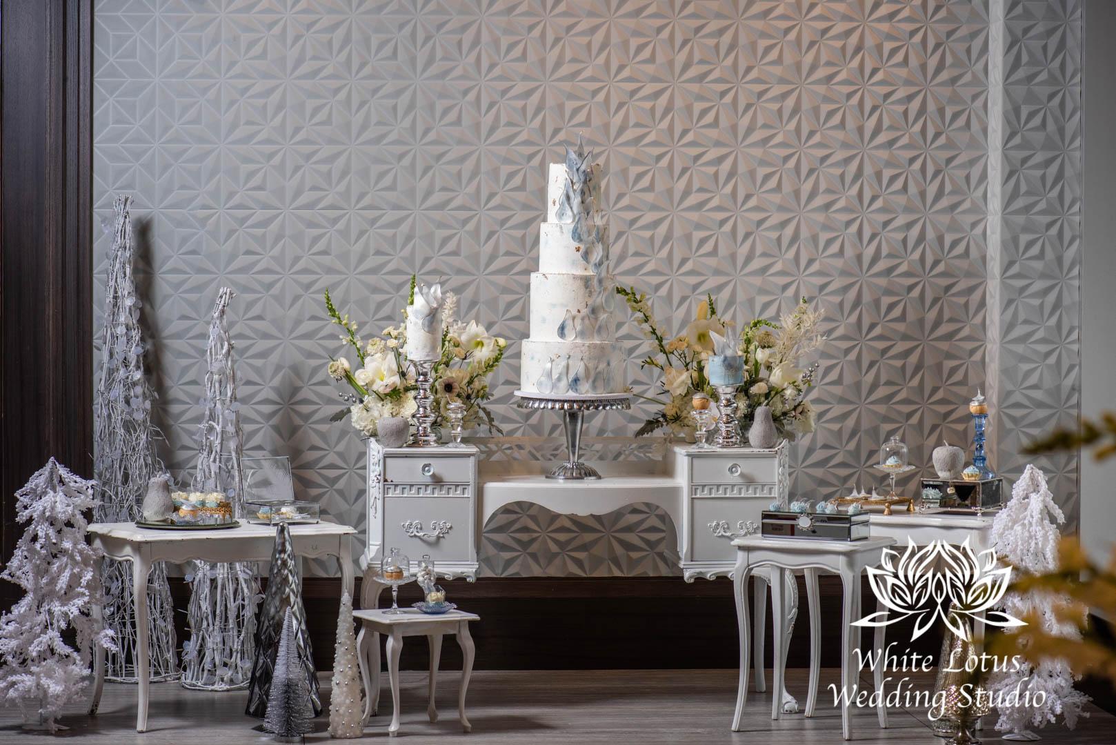 118- GLAM WINTERLUXE WEDDING INSPIRATION