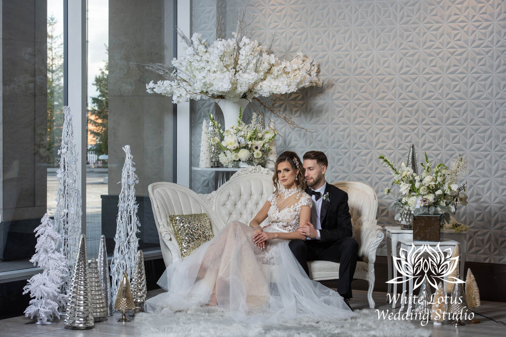 058- GLAM WINTERLUXE WEDDING INSPIRATION