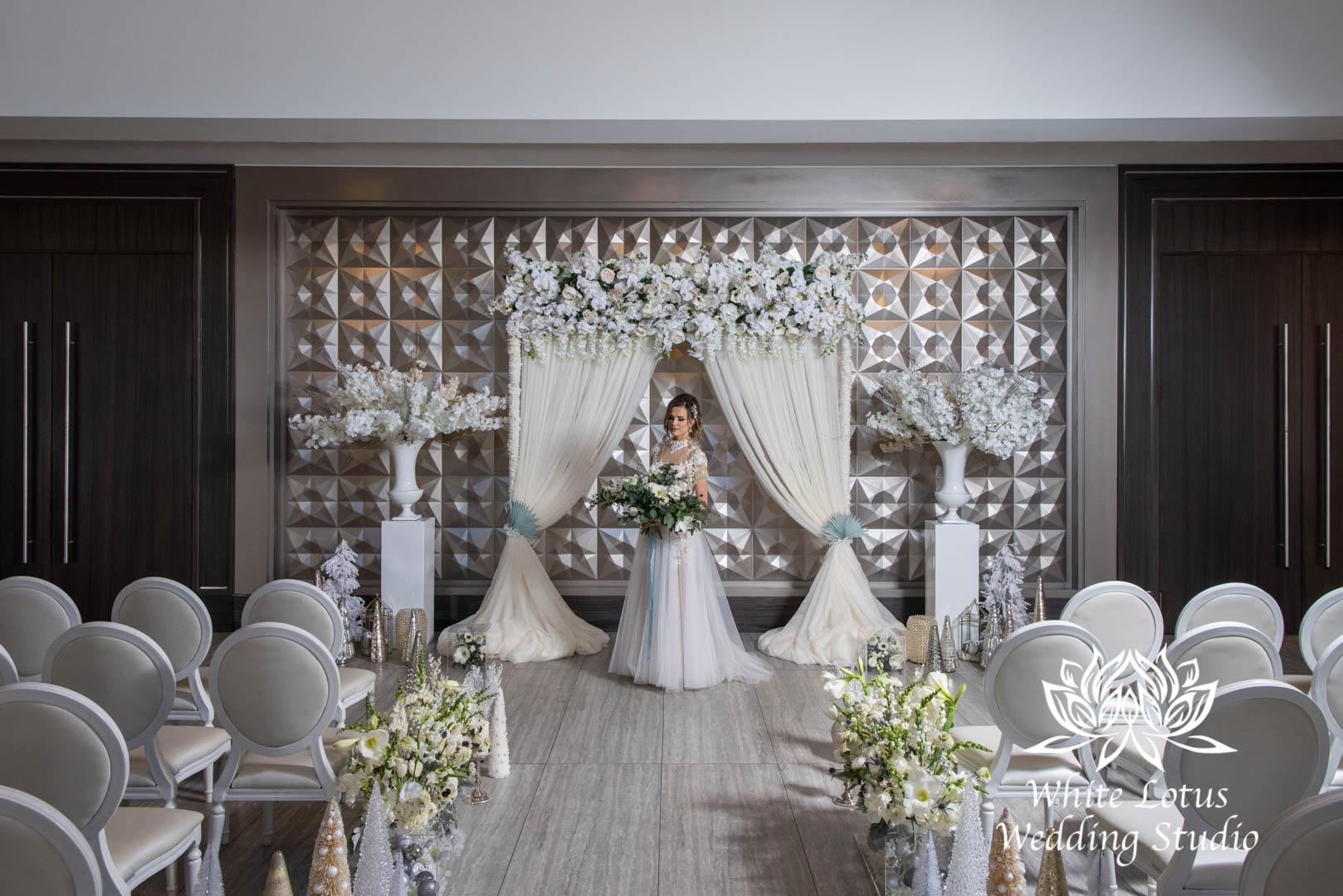 049- GLAM WINTERLUXE WEDDING INSPIRATION