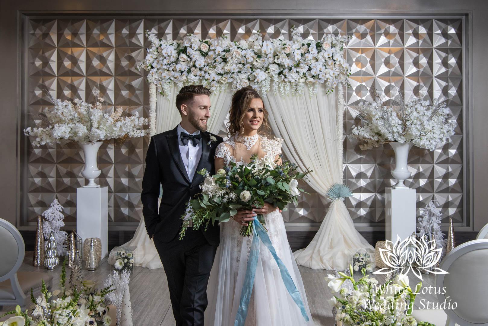 048- GLAM WINTERLUXE WEDDING INSPIRATION