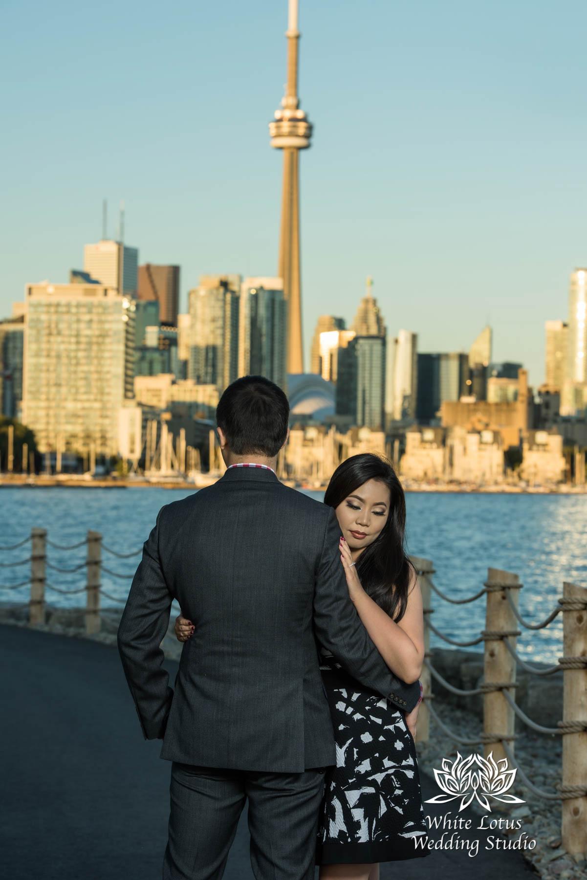 054 - Trillium Park - Toronto - Engagement