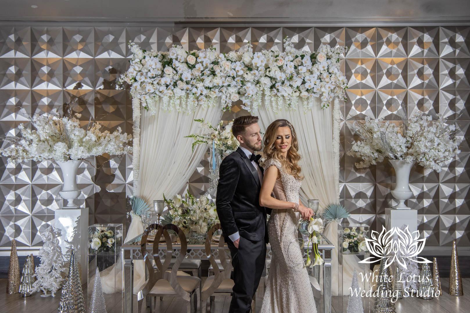 140- GLAM WINTERLUXE WEDDING INSPIRATION