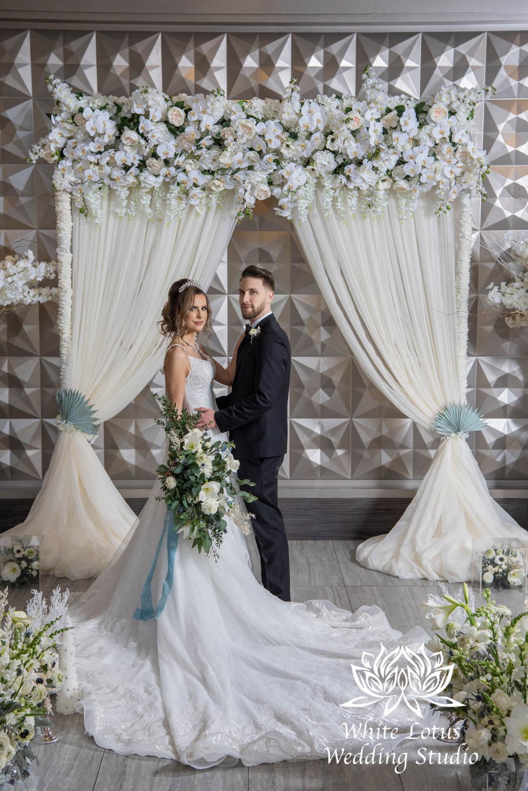016- GLAM WINTERLUXE WEDDING INSPIRATION