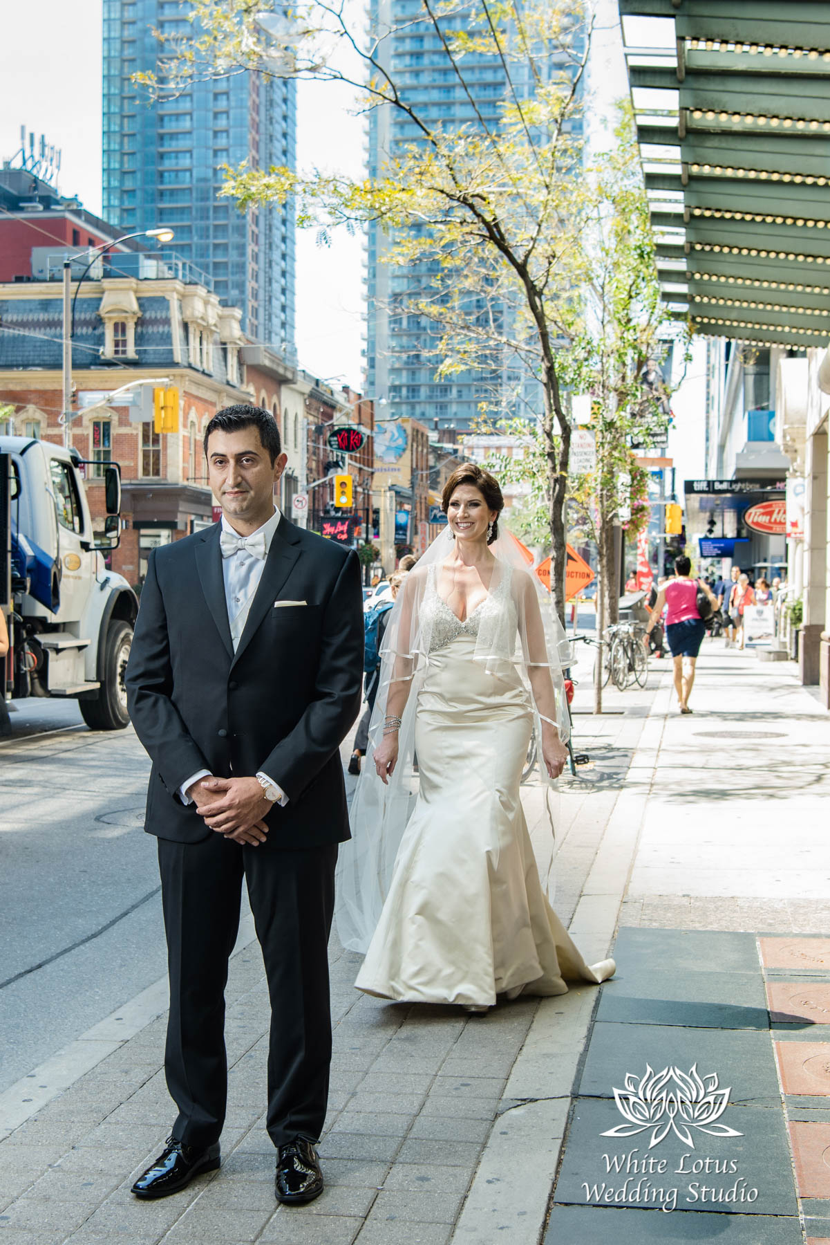 061 - Wedding - Toronto - First Look - Reveal - PW