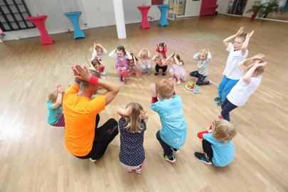 Fairtanzt Tanzschule ADTV Kindertanzen