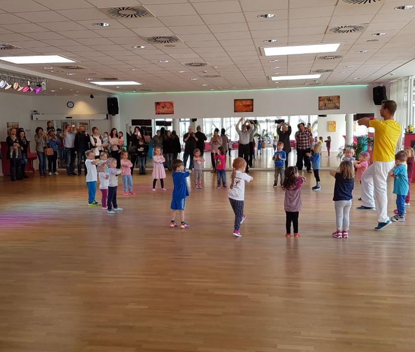 Tanzschule Fairtanzt Kindertanzen