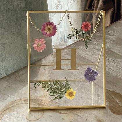 Çiçekli Harf Çerçeve