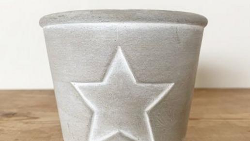 White Star Outline Cement Planter