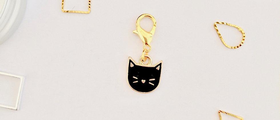 Cat stitch marker