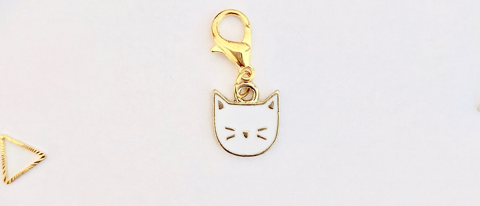 White cat stitch marker