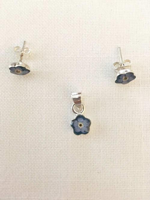 Small Pendant and Earrings Flowers Blue