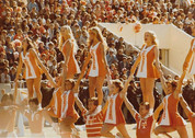 UT_hc_1979_v_Rutgers_-_Cheerleaders_001.