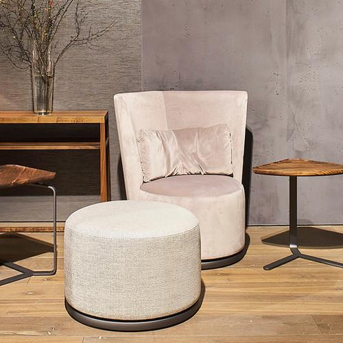 bw-armchair-polo-club_01.jpg