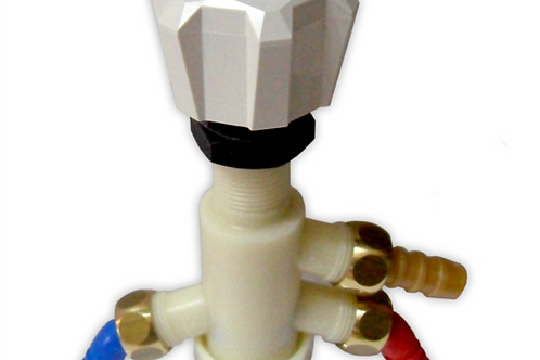 Torneira misturadora w.c. plástica,