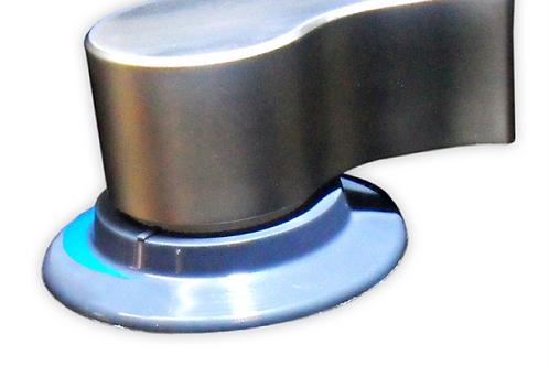 Torneira eléctrica misturadora 12 v Cromada