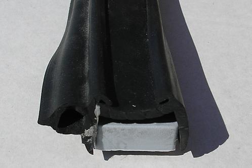 Perfil de borracha de janela preto