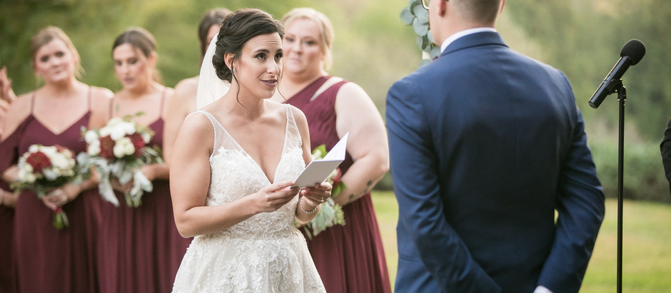 Why to have personalized wedding vows.