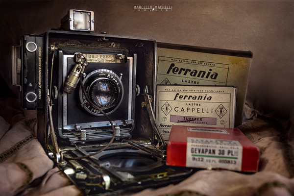 Burke & James Press Camera 1948
