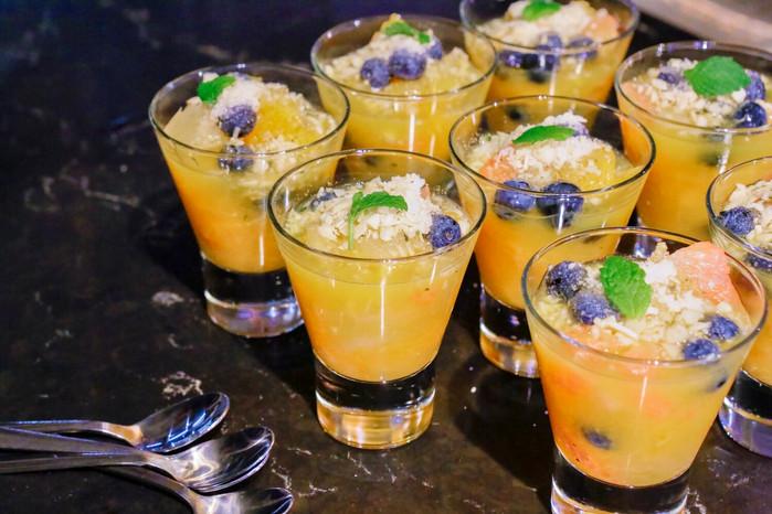 酸酸甜甜的柑橘藍莓沙拉