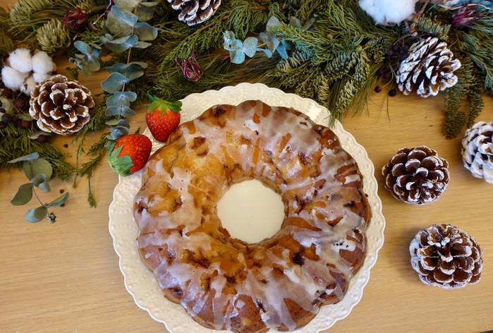 清新酸甜的新鮮草莓優格環蛋糕