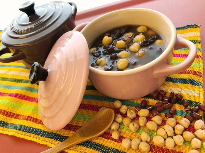 營養滿分的鷹嘴紅豆湯
