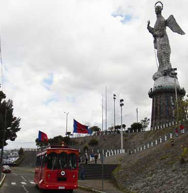 """Panecillo"" view point"