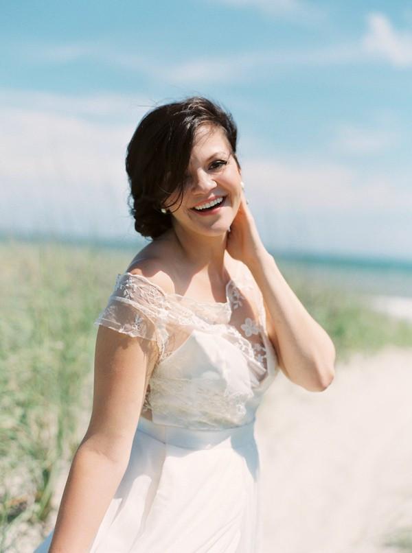 romantic-north-carolina-beach-wedding-29-600x806