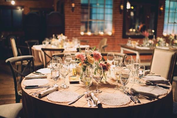 italian-villa-dinner-party-inspired-wedding-82-600x400