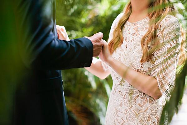 romantic-big-island-hawaii-wedding-21-600x400