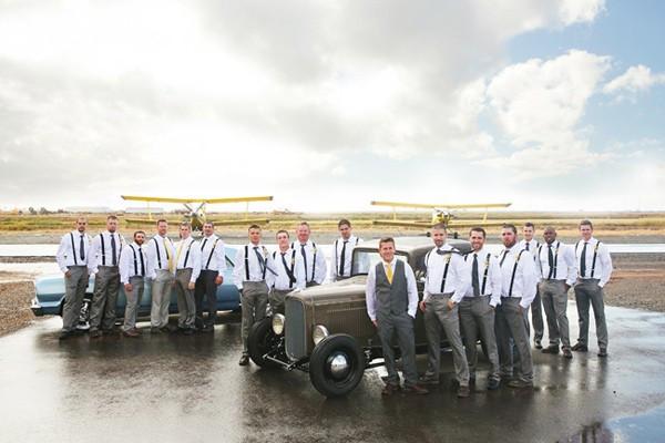 stormy-day-plane-hangar-wedding-11-600x400